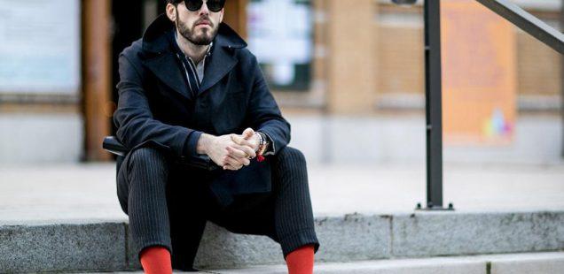 Chaussettes rouges ou noires : comment choisir la couleur de ses chaussettes ?