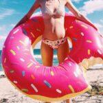 La bouée donuts: un accessoire ludique pour le fin gourmet cet été